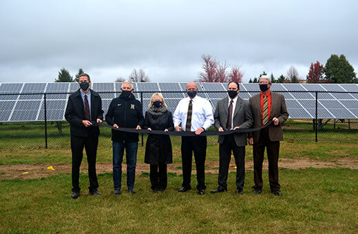 noblesville-solar-ribbon-cutting