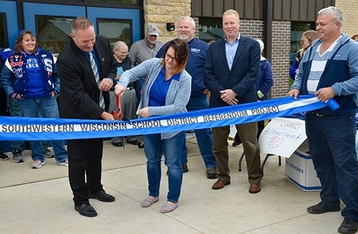 southwestern-ribbon-cutting